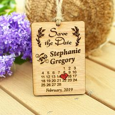 One interesting rustic and wooden calendar save the date. Calendar save the date save the date magnet by StudioLittleBig