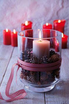 Christmas decoration with candles The Stepford Husband- Weihnachtsdekoration mit Kerzen Christmas Candles, Christmas Home, White Christmas, Christmas Lights, Christmas Holidays, Christmas Crafts, Creation Bougie, Deco Table Noel, Navidad Diy
