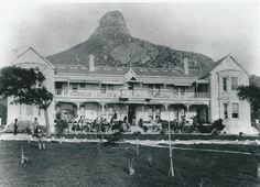 Old Queens Hotel, which later became the President Hotel, in Seapoint/Bantry Bay President Hotel, Present Day, Cape Town, History, Architecture, Building, Queens, Travel, Arquitetura