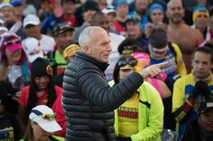 We should probably start calling Bart Yasso maestro. Thanks Bart for helping Marathon Maniacs Half Fanatics and #50StatesMarathon Club members salute Chris Lieberman in the 2016 Williams Route 66 Marathon's Maniac Corner.