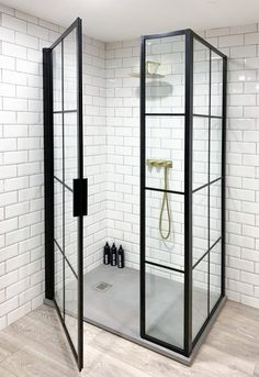 Inspire by design. Shower screens made in the UK Downstairs Bathroom, Bathroom Renos, Bad Inspiration, Bathroom Inspiration, Bathroom Design Small, Bathroom Interior Design, Bad Styling, Black Shower, Framed Shower Door