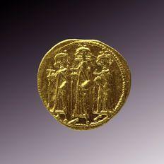 Byzantine Empire - AV Solidus of Heraclius (AD 610-641) with Heraclius Constantine  (AD 613-641) and Heraclonas (638-641 AD)