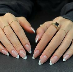 White Tip Nails, French Tip Acrylic Nails, Almond Acrylic Nails, Best Acrylic Nails, Simple Acrylic Nails, Short French Tip Nails, Short Rounded Acrylic Nails, Grey Gel Nails, Gel Nails Shape