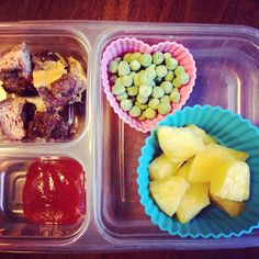 School lunch: grass fed cheeseburger with organic ketchup, frozen peas (defrost by lunch) and pineapple.  Leftovers and a veggie from the freezer. So easy! #schoollunch #healthykids #healthytips #sliders #pineapple #SuperStartsHere