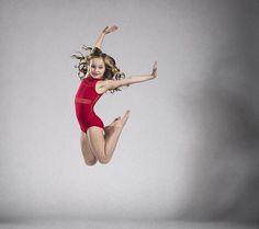 Aldc season 6 mini dancer Alexus Dance Photography Poses, Dance Poses, Dance Moms Minis, Dance Moms Season 8, Dance Jumps, Red Leotard, Lilliana Ketchman, Little Girl Poses, Dance Pictures