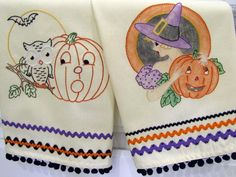 Show your love of the scary season with hand embroidery and cross-stitch patterns guaranteed to put a spell on you. We've rounded up eight fang-tastic Halloween embroidery patterns to get you in the macabre mood!