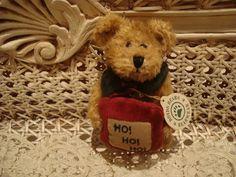 "BOYDS ARDYTH 5"" 1998 RETIRED CHRISTMAS BEAR W/ HO HO HO PILLOW *NEW STORE STOCK* in Dolls & Bears, Bears, Boyds | eBay"