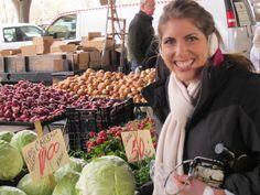 Shopping at your farmers market! All the best tips and tricks for buying great produce!
