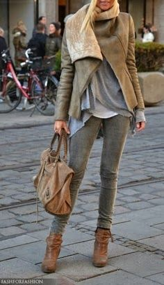 grey skinny jeans, neutral layers, love the collar on the jacket, brown ankle boots- comfy but chic