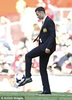 Ryan Giggs shows that he's still got it prior to his first match in charge as temporary manager of @manutd in April 2014.