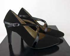 #zapatos #salon #negros #suede #black #shoes #handmade #madetoorder #madrid #madeinspain #onlineshopping jorgelarranaga.com