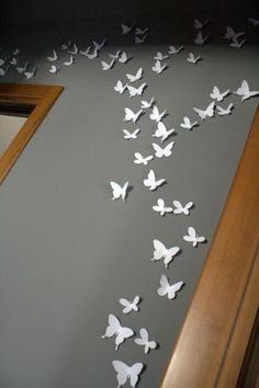 butterflies..wouldn't my little girls love this in their room!!