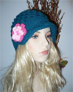 Crochet hat in Aqua Blue