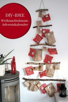 DIY: Weihnachtsbaum basteln – ideal als selbstgebastelter Adventskalender Make advent calendars: Ideas for an advent calendar DIY with little effort. The advent calendar Christmas tree [. Make An Advent Calendar, Homemade Advent Calendars, Christmas Tree Advent Calendar, Diy Advent Calendar, Diy Christmas Tree, Christmas Decorations, Holiday Decor, Calendrier Diy, Diy For Kids