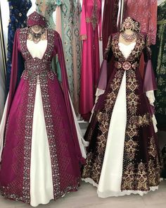 haute couture fashion Archives - Best Fashion Tips Renaissance Dresses, Medieval Dress, Renaissance Costume, Medieval Fashion, Medieval Clothing, Gypsy Clothing, Pretty Outfits, Pretty Dresses, Fantasy Gowns