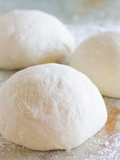 The Best Homemade Pizza Dough Recipe - Taste and Tell My all-time favorite homemade pizza dough recipe, this recipe has been tried and tested week after week, making the best homemade pizza. My family now likes homemade pizza better than take-out! Pizza Legal, Pizza Pizza, Dough Pizza, Pizza Party, The Best Homemade Pizza Dough Recipe, Homemade Recipe, Italian Pizza Dough Recipe, Pizza Recipes, Cooking Recipes