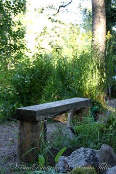 RunoTalon voimapuutarha: 10 voimaa antavaa runoa Outdoor Furniture, Outdoor Decor, Park, Home Decor, Decoration Home, Room Decor, Parks, Home Interior Design, Backyard Furniture