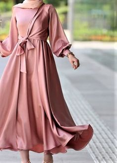 Hijab Dress Models For Young Women Hijab Evening Dress, Hijab Dress Party, Evening Dresses, Muslim Fashion, Modest Fashion, Hijab Fashion, Fashion Dresses, Satin Dresses, Day Dresses