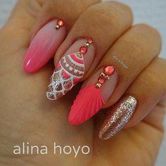 #coral #nails #coralnails #mermaidnails #mermaid