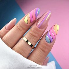 Pastel Nail Art Designs: There's something about the allure of pastel nail enamel colors (such as mint green, baby blue and lilac) that's hard to ignore. Pastel Nail Art, Funky Nail Art, Pretty Nail Art, Funky Nails, Cute Nails, Jolie Nail Art, Fall Nail Trends, Baby Pink Nails, Gelish Nails