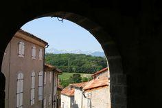 Mooiste dorpen van Frankrijk Toulouse, Saints, Mansions, House Styles, Home, Decor, Decoration, Manor Houses, Villas