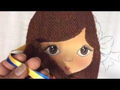 Bordado Fantasia cabello de niña con muñeca, en este video tambien hacemos la trenza con listones y su moño espero les guste y puedan compartir mis videos.