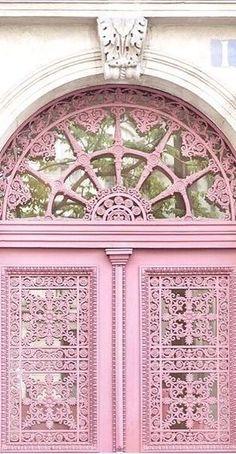 Il mondo é rosa ! The wold is pink ! O mundo é rosa !