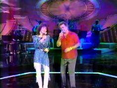 "Loretta Lynn & Conway Twitty - ""Please Release Me"" - YouTube"