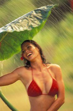 Beautiful Polynesian woman in a red bikini in the rain #bikini #sexy #girl #hawaii