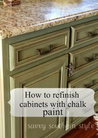 Kitchen Cabinets Tutorial using chalk paint, lacquer, and glaze. Annie Sloan chalk paint, Annie Sloan Lacquer, Valspar glaze - Home Decoz Kitchen Paint, Kitchen Redo, New Kitchen, Kitchen Remodel, Kitchen Design, Kitchen Ideas, Chalk Paint Kitchen Cabinets, Paint Bathroom, Kitchen Island