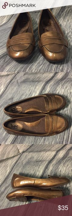 BOC Brown Metallic Flats These have only been a few times.   A great pair of flats for the everyday wear.   Very comfortable Born Shoes Flats & Loafers