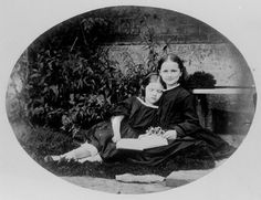 Ethel and Lilian Brodie, photographed by Lewis Carrol