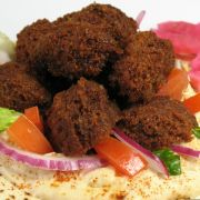 This falafel recipe is one of my favorite middle Eastern recipes. It is a delicious vegetarian recipe too. Serve in a pita or with hummus and salad. Jewish Recipes, Diabetic Recipes, Falafel Wrap, Restaurant Coupons, Metabolic Diet, Middle Eastern Recipes, Keto Diet Plan, Muffin Recipes, A Food