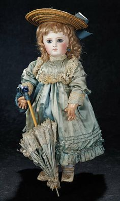 The Stein am Rhein Museum Collection: 152 Very Beautiful French Bisque Portrait Bebe by Emile Jumeau in Fine Antique Costume Victorian Dolls, Vintage Dolls, Doll Costume, Costumes, Doll Museum, Half Dolls, China Dolls, Bisque Doll, Pretty Dolls