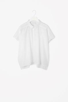 Wide-cut shirt