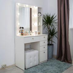 Wall Wardrobe Design, Wardrobe Interior Design, Bedroom Closet Design, Bedroom Furniture Design, Room Ideas Bedroom, Bedroom Decor, Simple Bedroom Design, Teen Bedroom Designs, Small Bedroom Ideas For Women