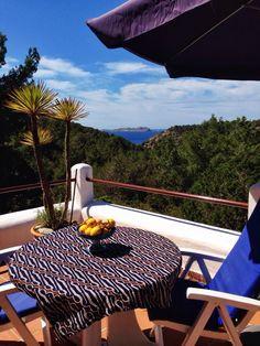 New EIBYS villas:  - 4.000€ semana / 4,000€ per week - Cala Moli Ibiza  - 4 Habitaciones / 4 Rooms - Cerca de la playa / Near to the beach - Barbacoa / Barbecue - 200 m2  - We welcome you to our delightful villas, located in the gorgeous island of Ibiza! Take a look at those wonderful house for sale in EIBYS Luxury&Dreams.  - Le damos la bienvenida a nuestras encantadoras villas, !Localizadas en la increible isla de Ibiza! Echa un vistazo a estas impresionantes villas a la venta en EIBYS…