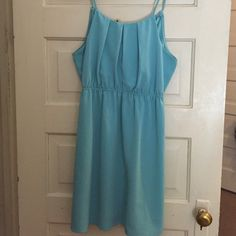 Mi ami dress. Beautiful dress with adjustable ties in the back. Worn once to a wedding. Bought from Francesca's- the size tag is not on it but it is a medium or 6-8 Dresses Mini