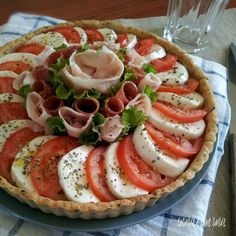 Yummy Appetizers, Appetizers For Party, Appetizer Recipes, Snack Recipes, Healthy Recipes, Quiche, Antipasto, Meat Platter, Simply Recipes