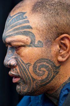 New Zealand | Maori man with ta moko (facial tatoo), Manurewa Sunday Market, Auckland | © Blaine Harrington