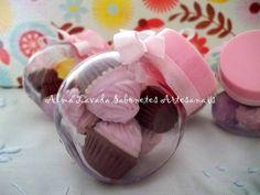 Baleiro com sabonete no formato de mini cupcake!!  Cada baleiro contém 5 mini cupcake.  Ótima opção para lembrança de aniversário, chá de panela, chá de bebê, nascimento, batizado e comemorações!!  Consulte opções de cor e sabonetes!!  Valor acompanha TAG!! R$ 5,50