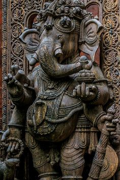 📷 Royalty-free image: Ganesh wood carving Buddhist temple in Thailand. Ganesh Temple, Ganesh Lord, Ganesh Statue, Buddhist Temple, Sri Ganesh, Ganesha Art, Ganesh Idol, Ganesha Pictures, Tatoo