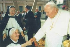 Sister Michelle and Sister Dominic meet Pope John Paul II at the Vatican