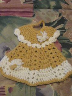 Decorative Gold and White Dress Potholder