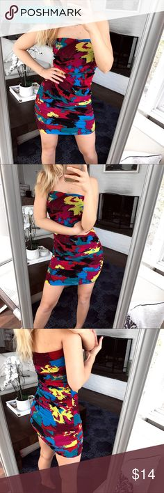 "Colorful Abstract Bodycon Dress! 🎨 Very comfortable and soft to touch. Measures approximately 28.5 inches long and 14.5 inches laying flat armpit to armpit. It says size L but it's not true to it, best will fit sizes between S and M. I am a size S/4 and it's just a little too loose on me but still wearable. I am 5'7"". Hundred percent polyester. It has a few imperfections as shown on the last photo. Charlotte Russe Dresses Mini"