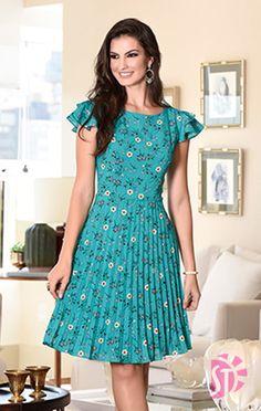 Flowery Dresses, Petite Dresses, Modest Dresses, Cute Dresses, Beautiful Dresses, Casual Dresses, Frock Fashion, Fashion Dresses, Black Flare Dress