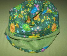 Brrrrrrrr es wird kalt...!!!    Süßes Loop für die kleinen  Racker  Vernäht wurde ein Schmuse weicher Antipilling Micro Fleece in grün  & ein Baumwoll