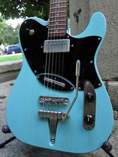 Deimel BowZen Pinrosehttp://www.guitarwash.de/twangtone-pedal-edition/