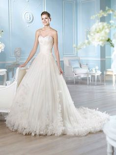 San Patrick presents Asia style from Glamour 2014 Collection. Ruched Wedding Dress, Buy Wedding Dress, How To Dress For A Wedding, Wedding Dresses 2014, Wedding Dress Styles, Wedding Gowns, Bridesmaid Dresses, Formal Dresses, Best Wedding Dress Designers