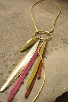 Long Charms Necklace Leather Tassels gold feather por ZOZidesign
